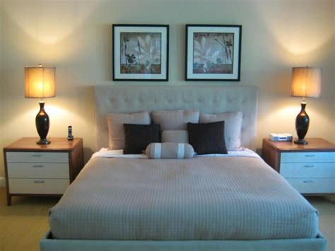 how to stage a master bedroom now for drama in the bedroom home staging drama