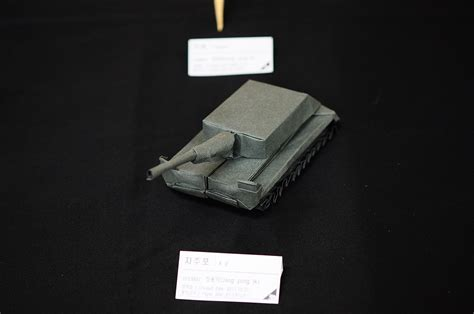 Origami Tank - origami weapons and armour you could almost take into battle