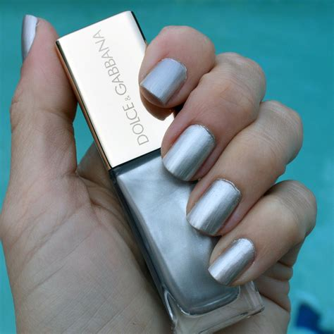 what nail colour for feb 2015 dolce gabbana pearl shimmer nail polish for spring 2015