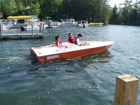 donzi boat clubs lake george donzi classic club barrelback