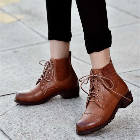 bestselling vintage style lace up ankle boots toe