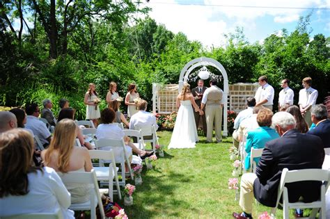 backyard country wedding country do it yourself wedding rustic wedding chic