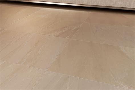 piastrelle bagno 30x60 gres porcellanato effetto marmo sensibile avorio 30x60