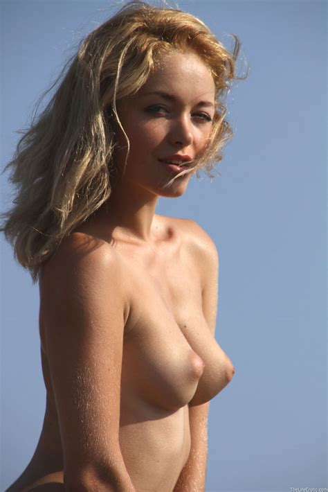 Puffy Nipples On Perky Breasts Sexy Models