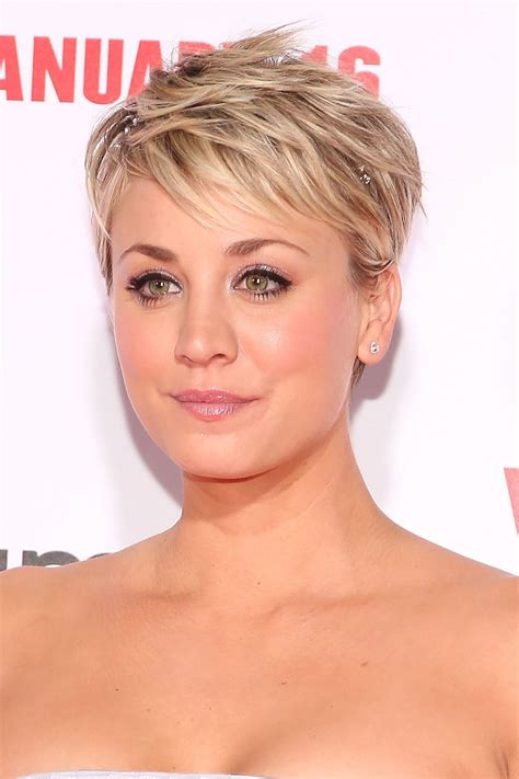 Short Hair | kaley cuoco hair evolution see how she grew out her pixie