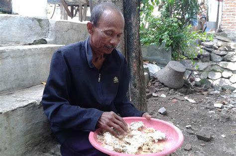 Kasur Kapuk Makassar tak mu beli beras sekeluarga santap nasi aking