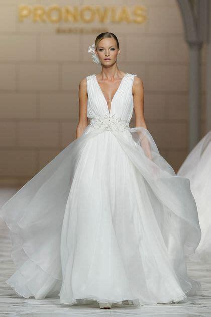 operation wedding still photo 4 muvila en images dix robes de mari 233 e de la collection 2015