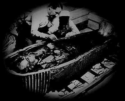 how did die when did tutankhamun die