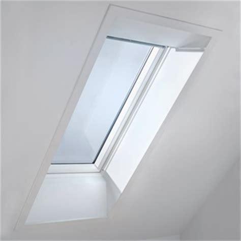 velux rahmen innen velux anschlussprodukte f 252 r dachfensteranschluss und