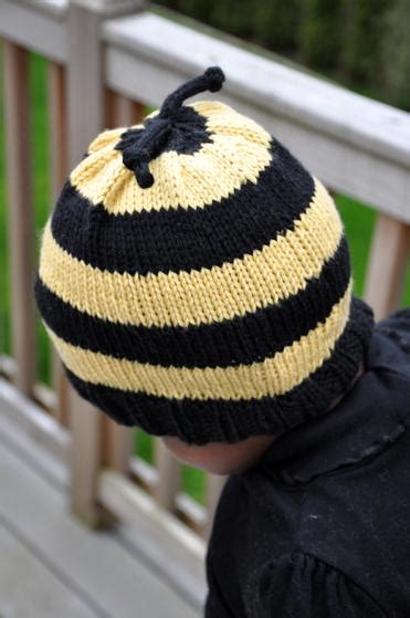 Bee Knit Hat bumble bee hat knitting patterns and crochet patterns