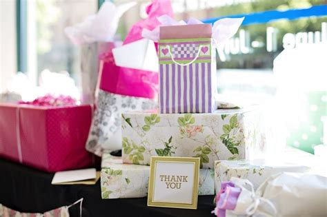 10 Ideal Bridal Gifts by Creative Bridal Shower Gifts For Your Best Friend S Wedding