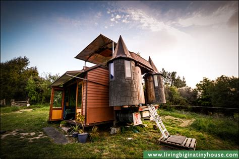 15000 Sq Ft House Plans by The Transforming Castle Truck Living Big In A Tiny House