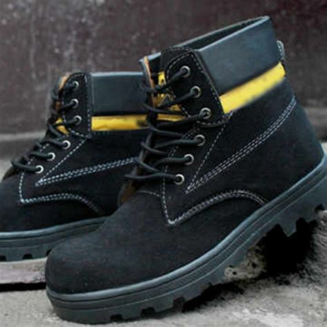 Sepatu Caterpillar New Bromo Suede buy 1 get 1 free deals for only rp175 000 instead of rp206 000