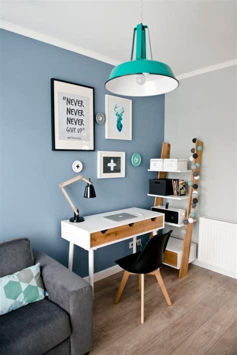 coin bureau coin bureau avec un mur bleu picslovin