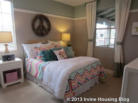 Ways To Set Up A Small Bedroom   Design Decoration