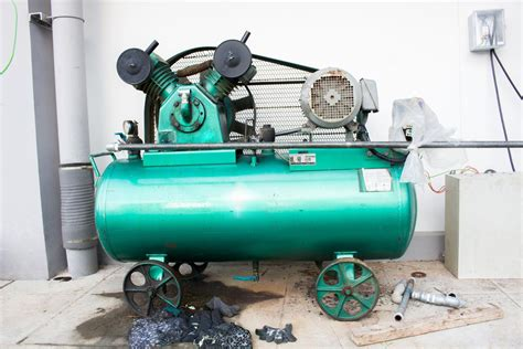 types and uses of air compressors