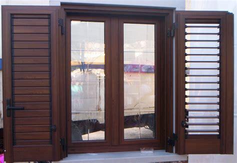 persiana legno show room antium casa portoni blindati porte