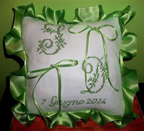 cuscino portafedi a punto croce cuscino fedi ricamato cuscinetto portafedi punto croce