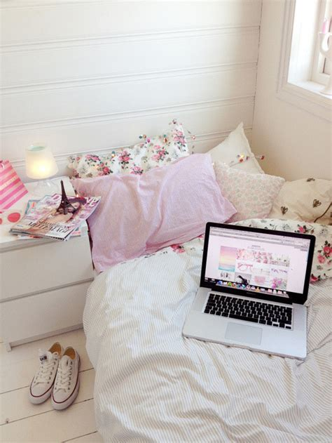 pajamas bedding flowers girly bedding kawaii home room laptop bed pink eiffel tower girly floral biaacostaa