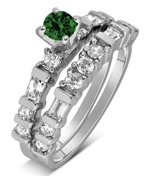 1 carat emerald and wedding ring set in