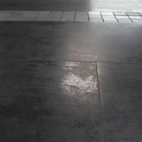 Peinture Carrelage Sol Effet Beton Cire 3585 by Carrelage Sol Et Mur Aspect B 233 Ton Lunare Anthracite 30x60 Cm