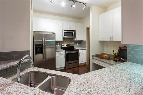 3 bedroom apartments in buckhead the manor at buckhead apartments luxury apartments in