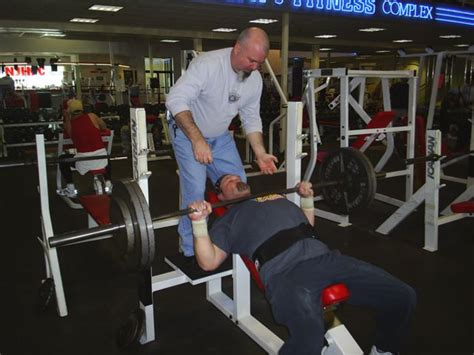 bench press to neck training photos