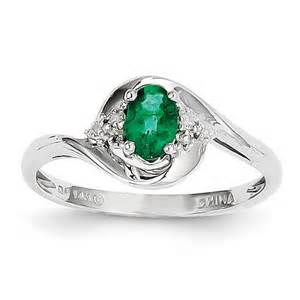14k white gold 6x4 oval genuine emerald ring