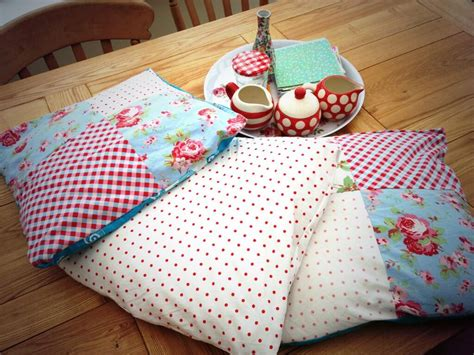 Patchwork Ideas For Cushions - sewing room upcycling ideas diy your own sewing or desk