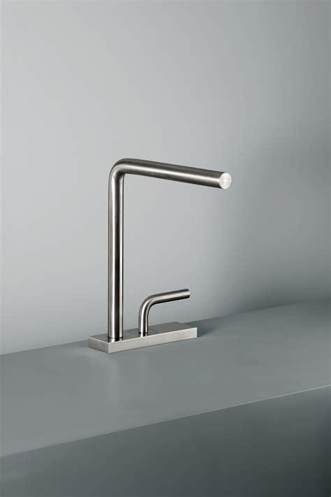 quadro rubinetti levo miscelatore rubinetteria per lavabi quadro
