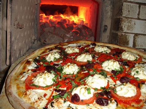 best pizza in ny the best historic pizza restaurants in new york travel