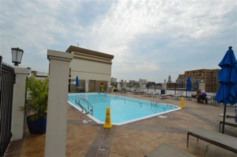 holiday inn central white house rooftop pool picture of holiday inn washington dc central white house washington dc