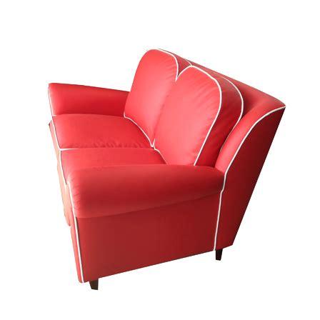 divano pelle rosso divano rosso in pelle il miglior design di ispirazione e
