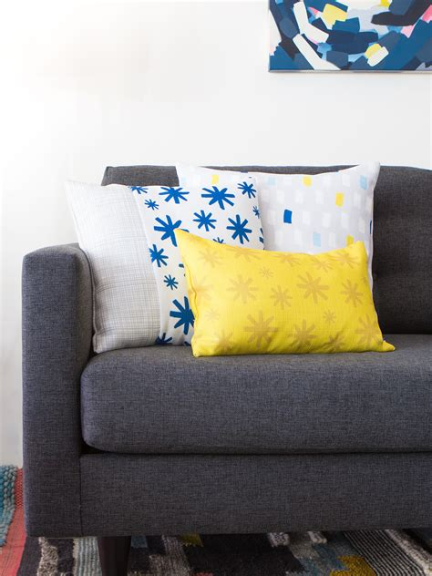 diy couch pillows easy diy throw pillow covers sarah hearts