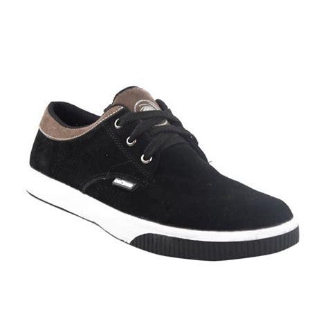 Merk Sepatu Kets Cowok jual catenzo kets black line sepatu pria