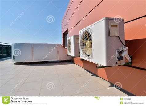 Coolpad Maxcool Big Fan air conditioning devices with big fans stock image image 33238987