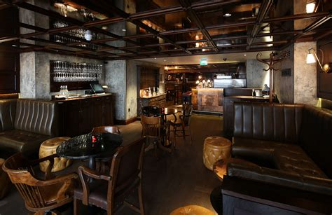 top bars soho blind pig bars and pubs in soho london