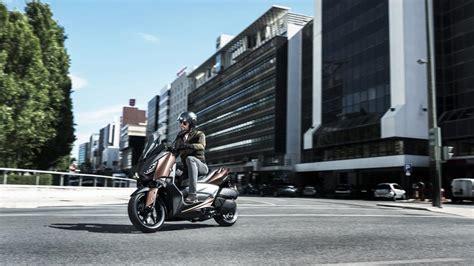 personal presenta el nuevo moto x movilion newhairstylesformen2014 yamaha presenta el nuevo x max 300 super7moto