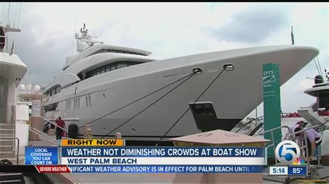 boat show weather weather not diminishing crowds at boat show youtube
