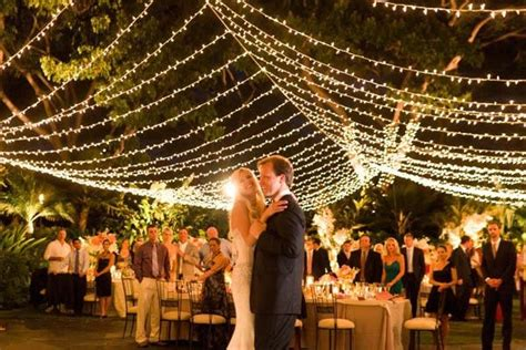 Outdoor Wedding Lighting Ideas Wedding Ambiance Cool Lighting Inspiration That Will Leave You Glowing Wedding By Wedpics
