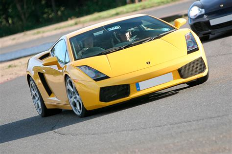 supercar driving experience supercar driving experience at goodwood motor circuit