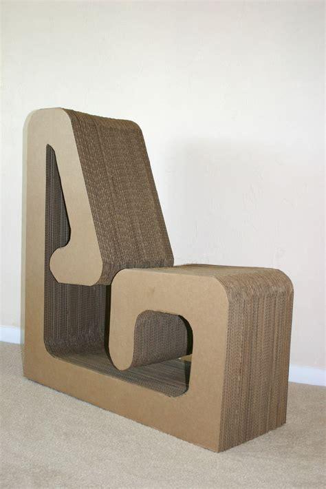 cardboard chair 日本語