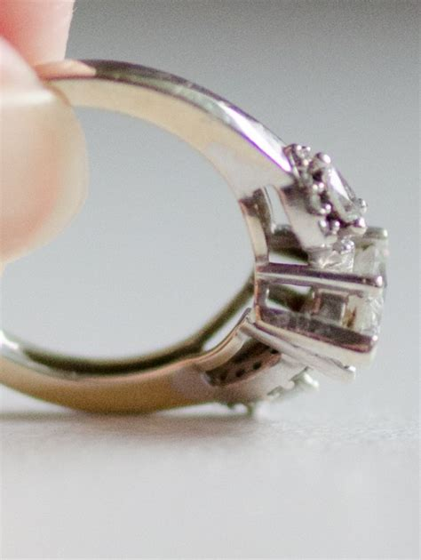 how to clean a ring at home