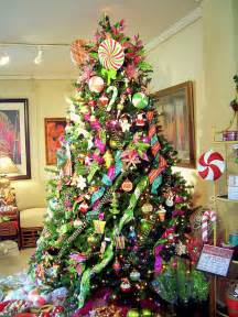 stunning beautifully decorated christmas trees photos on