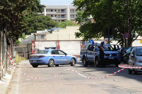 equitalia sede foto allarme bomba a equitalia evacuata la sede di bari
