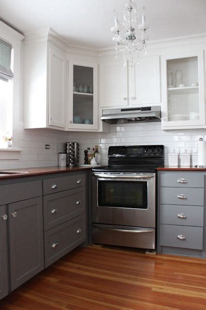 Kitchen Cabinets Bottom White Top by 25 Best Ideas About Two Tone Cabinets On Two Tone Kitchen Cabinets Two Toned