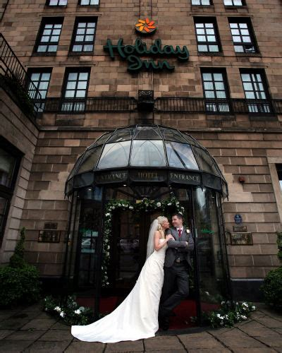 holiday inn glasgow wedding photography