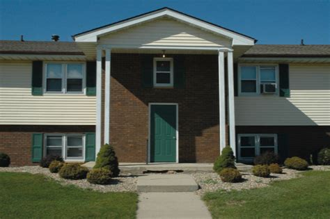 1 bedroom apartments in bloomington il todd drive apartments rentals bloomington il