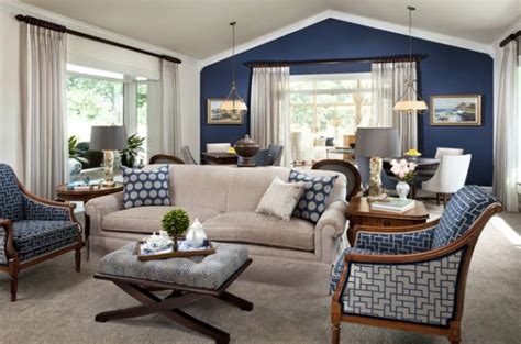 Accent wall and furniture combinations