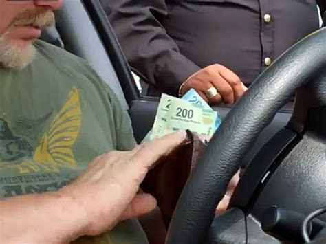 corrupcion policial acuerdan 38 pa 237 ses frente contra corrupci 243 n policial